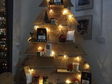 JAMES GOURMET CHRISTMAS TREE
